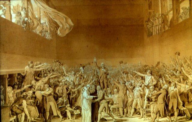 Le serment du jeu de paume, inachevé pour cause de précipitation des évènementsrévolutionnaires, devient emblème des enjeux de la représentation...tant politique que picturale. Quels styles pour quelles visions du monde ? Ici, plus de héros singuliers...